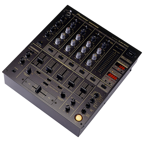 location d 39 une table de mixage pioneer djm600 paris. Black Bedroom Furniture Sets. Home Design Ideas
